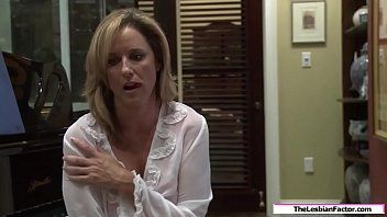 Lesbo milf drilled by her stepdaughter