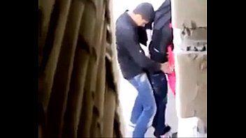 Hijabi hotty giving a kiss . hawt arab muslim fb.com/banat.ma