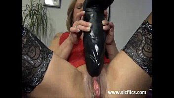Gigantic vibrator fuck and squirting fisting orgasms