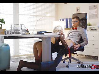 Blond milf bonks with her younger boss for promotion